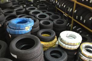 Kiểm tra độ sâu gai lốp của lốp xe ô tô như thế nào cho đúng