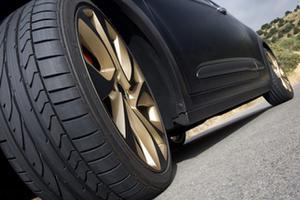 Top 5 mẫu lốp ô tô chống ồn đang hot nhất hiện nay