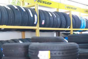 Tại sao lốp xe ô tô lại đi không êm ?