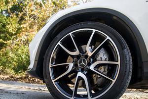Lốp xe ô tô Dunlop phát minh của nước nào?