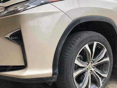 Bơm lốp ô tô bao nhiêu là đúng chuẩn quy định?
